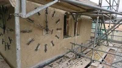 Kirchturm - Tinz- mit Uhr vor Sanierung